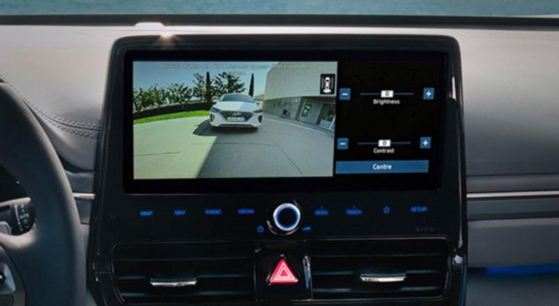 Hyundai ioniq plug-in - Pollina Auto Trapani